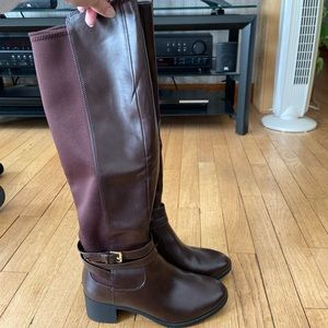 Burgundy riding boot size 7